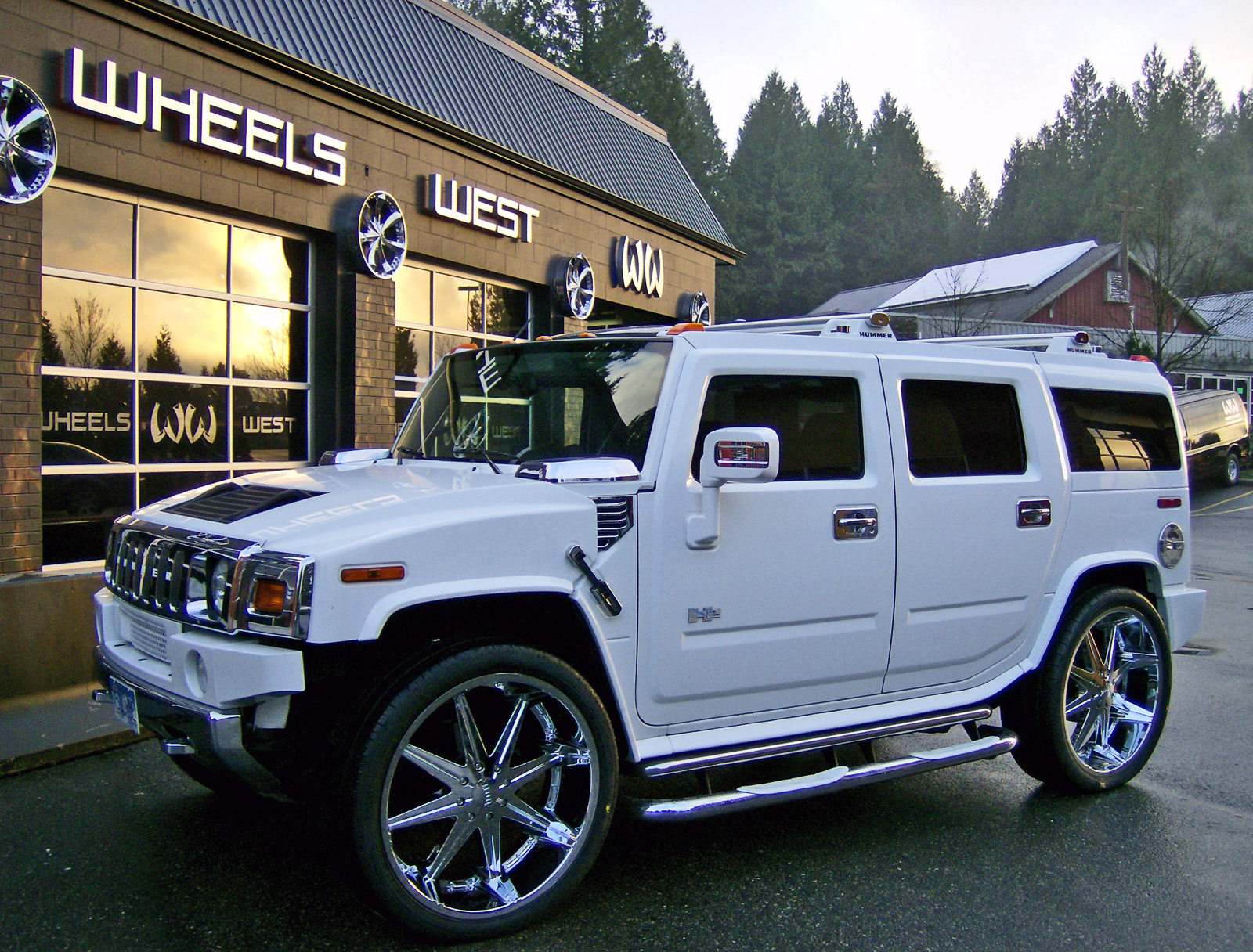 Hummer h14 modified   modified hummer h2